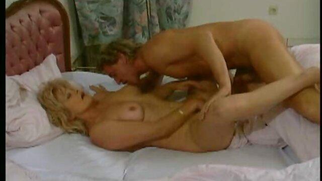 Pierre se folla a una zorra serbia en anal pornografia en español