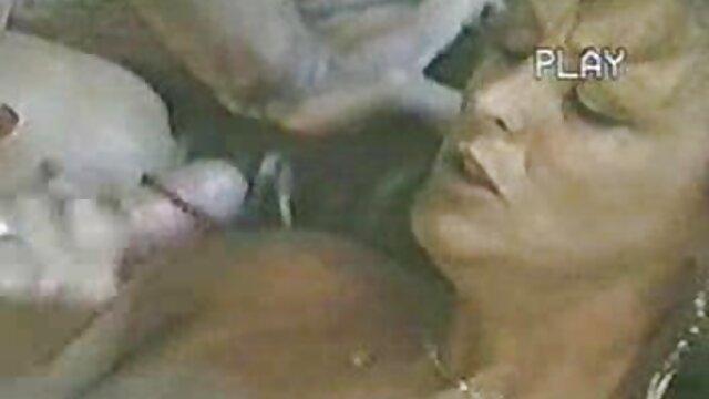 Dos lesbianas sexy lamen el dulce coño en videos xno en español sábanas negras