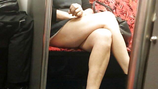 Nena es follada entre tetas y cargas de semen xxx hentai español