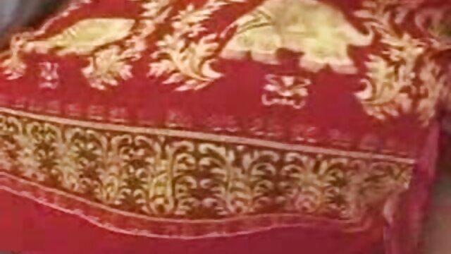 Perra lujuriosa ama el vestido de lunares y las bragas franceska jaimes en español