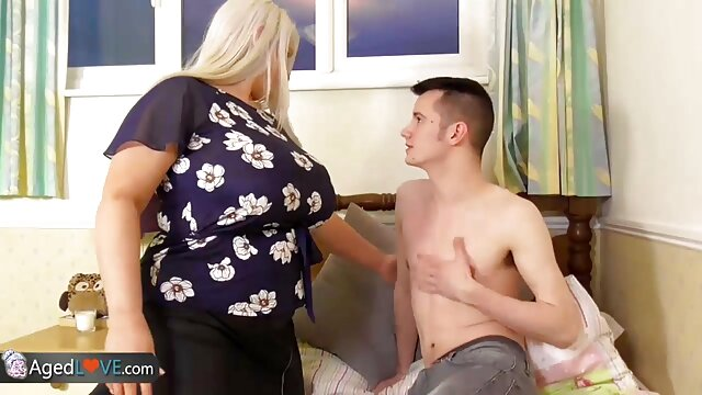 Sexo romántico videos xxx español latino temprano en la mañana con una hermosa nena