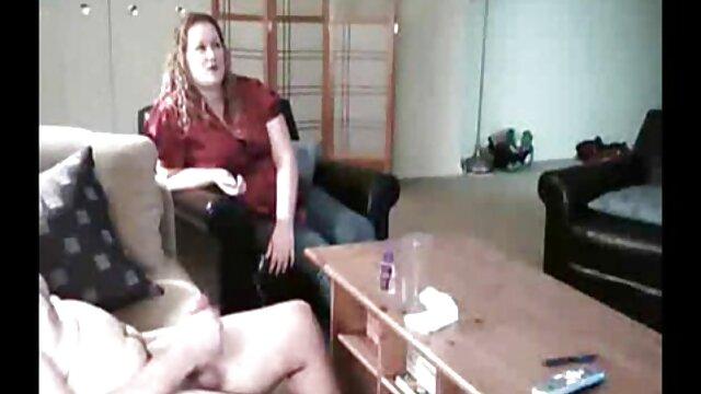 Un lindo masajista se folla a porno rn español una rubia sexy durante una sesión de masaje